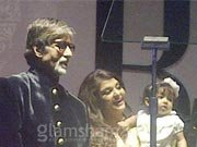 Aishwarya shows up Aaradhya's face at Big B's 70th birthday bash