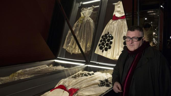 Israeli-American artistic director for fashion house Lanvin Alber Elbaz poses as he visits the Jeanne Lanvin exhibition at the Palais Galliera in Paris