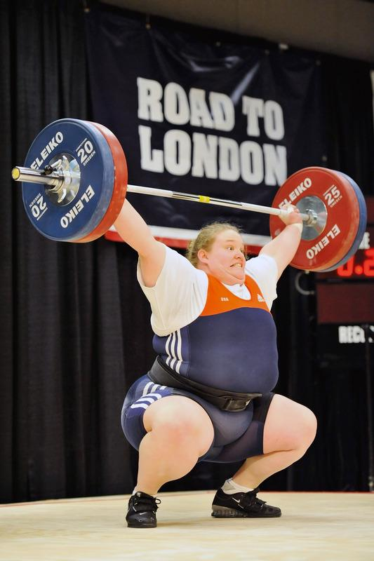 Holley Mangold Successfully Snatches Getty Images