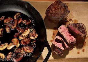 Cook Seared Sirloin with Red-Wine Mushrooms