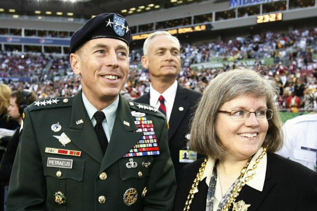 Who is Holly Petraeus? The woman behind retired general