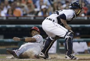 Angels rout error-prone Tigers 14-8