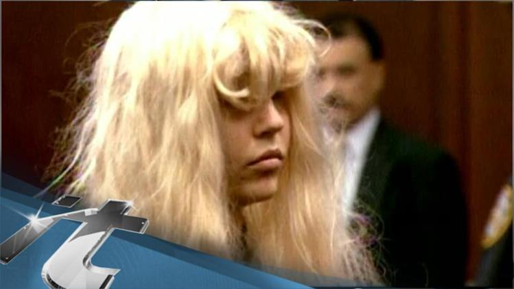 Amanda Bynes News Pop: Amanda Bynes In Twitter Feud With Modern Family's Sarah Hyland