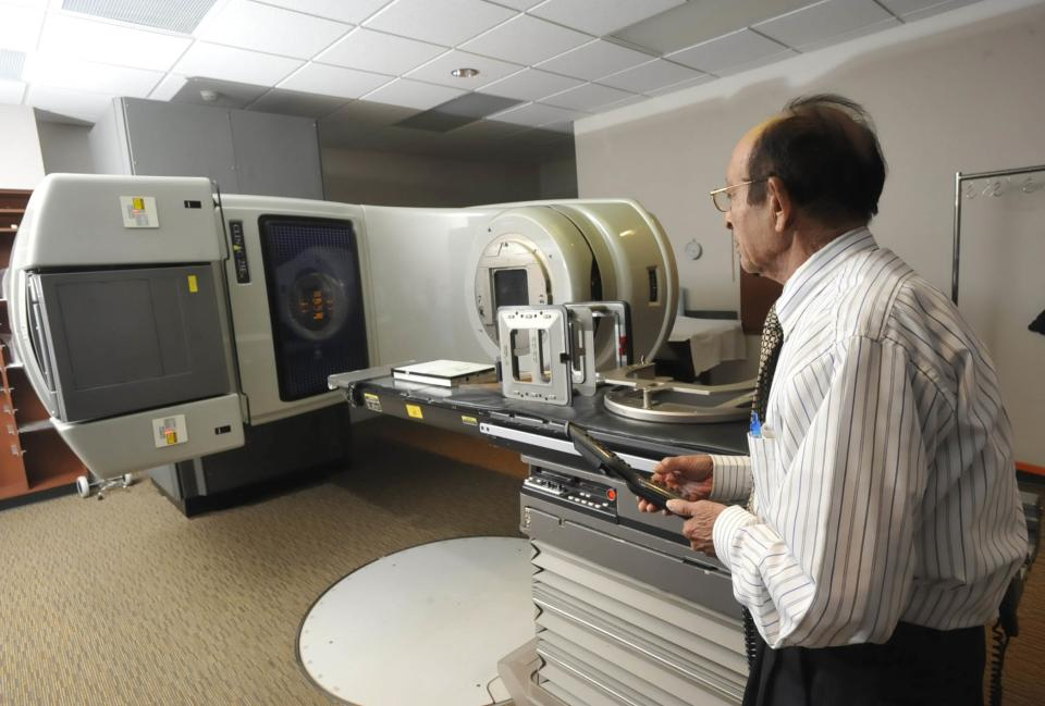 Study: Radiation for breast cancer can harm hearts
