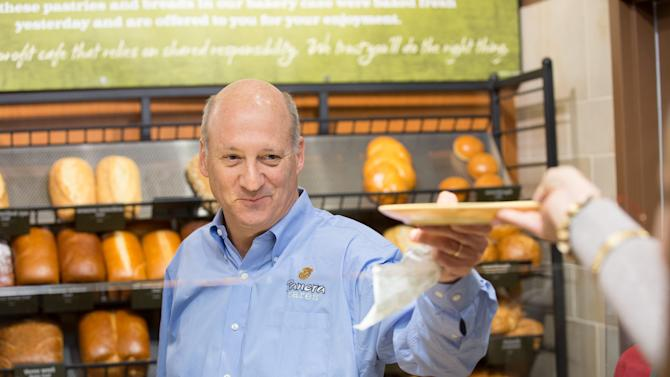 This 2013 photo provided by Panera Bread shows company CEO Ron Shaich at a Panera Bread store. Panera Bread is the latest company to tout the removal of artificial ingredients, adding more fuel to the debate over whether such moves improve the quality of food or are little more than a marketing tool. (AP Photo/Panera Bread)