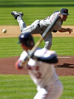 Tigers' Verlander holds Astros hitless until 7th