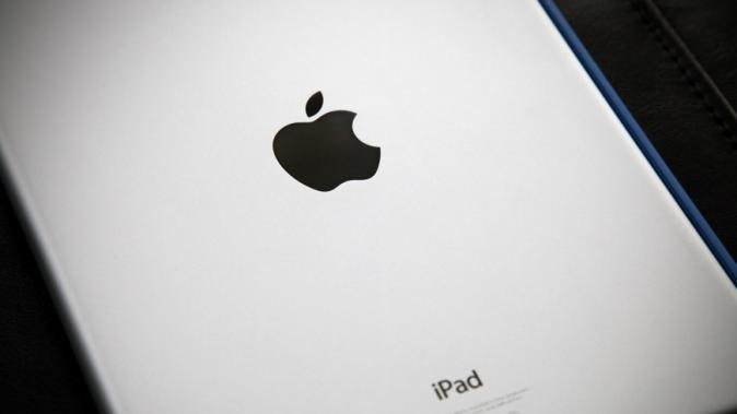 Apple's upcoming 12-inch iPad may hammer the notebook market