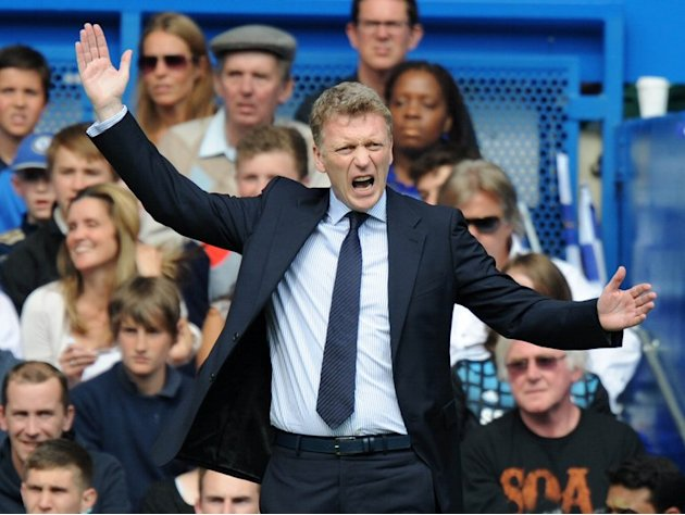 David Moyes watches former club Everton play Chelsea at Stamford Bridge on May 19, 2013