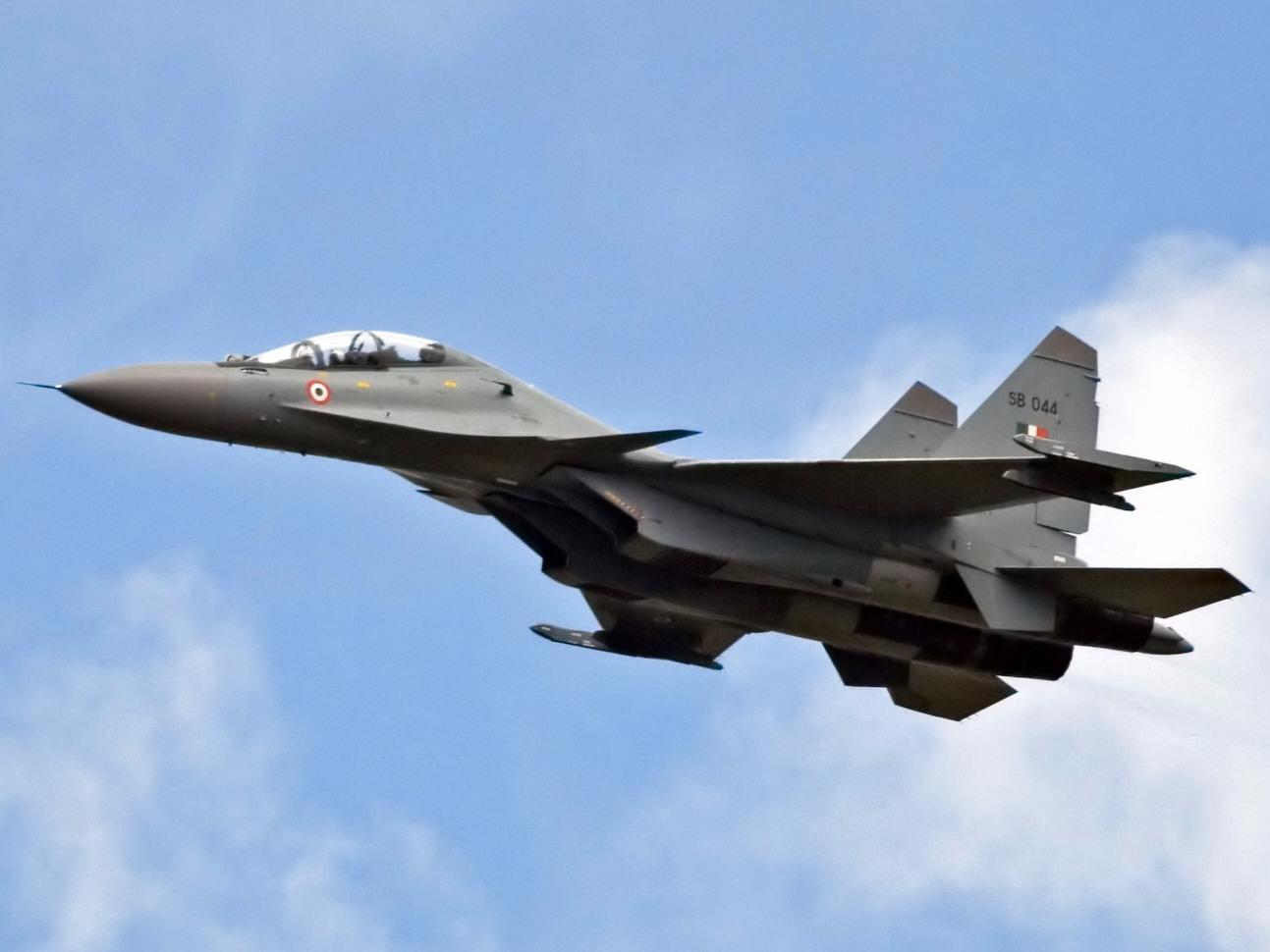 India wants to develop a fleet of near fifth-generation fighters with Russia