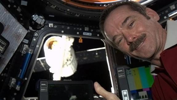 Canada in Charge: Astronaut Becomes 1st Canadian Space Station Commander