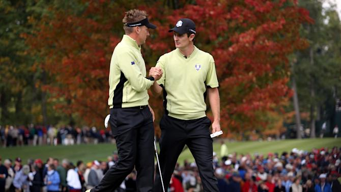 Poulter and Rose keep Europe level