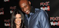 Is Khloe threatening to divorce Lamar?