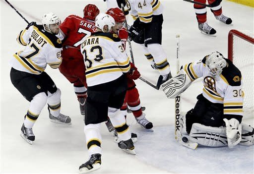 Harrison's late goal lifts Hurricanes over Bruins