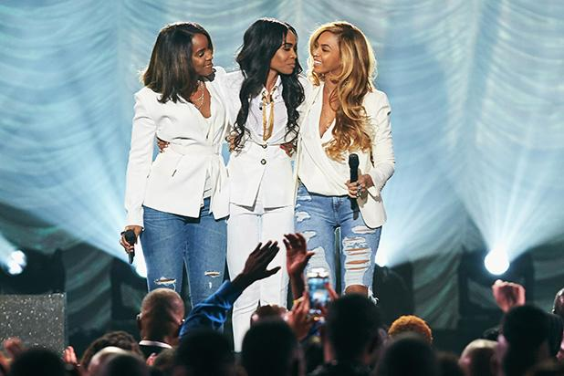 Destiny's Child Reunites for Surprise Performance (Video)