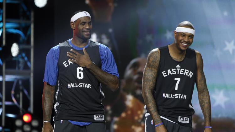 Heat stars reportedly mulling new contracts to add Carmelo Anth…