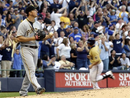 Conrad ends slump with HR, Brewers top Pirates 5-1