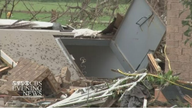 94-year-old opened storm shelter to neighbors as tornado approached