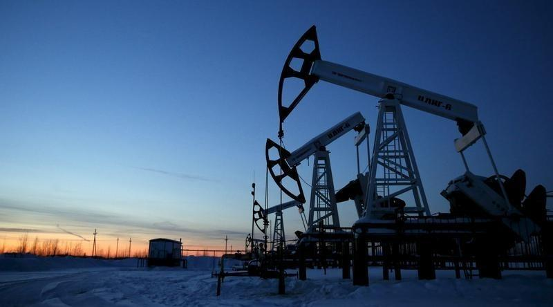 Oil rises after third-biggest daily fall since 2008 crisis