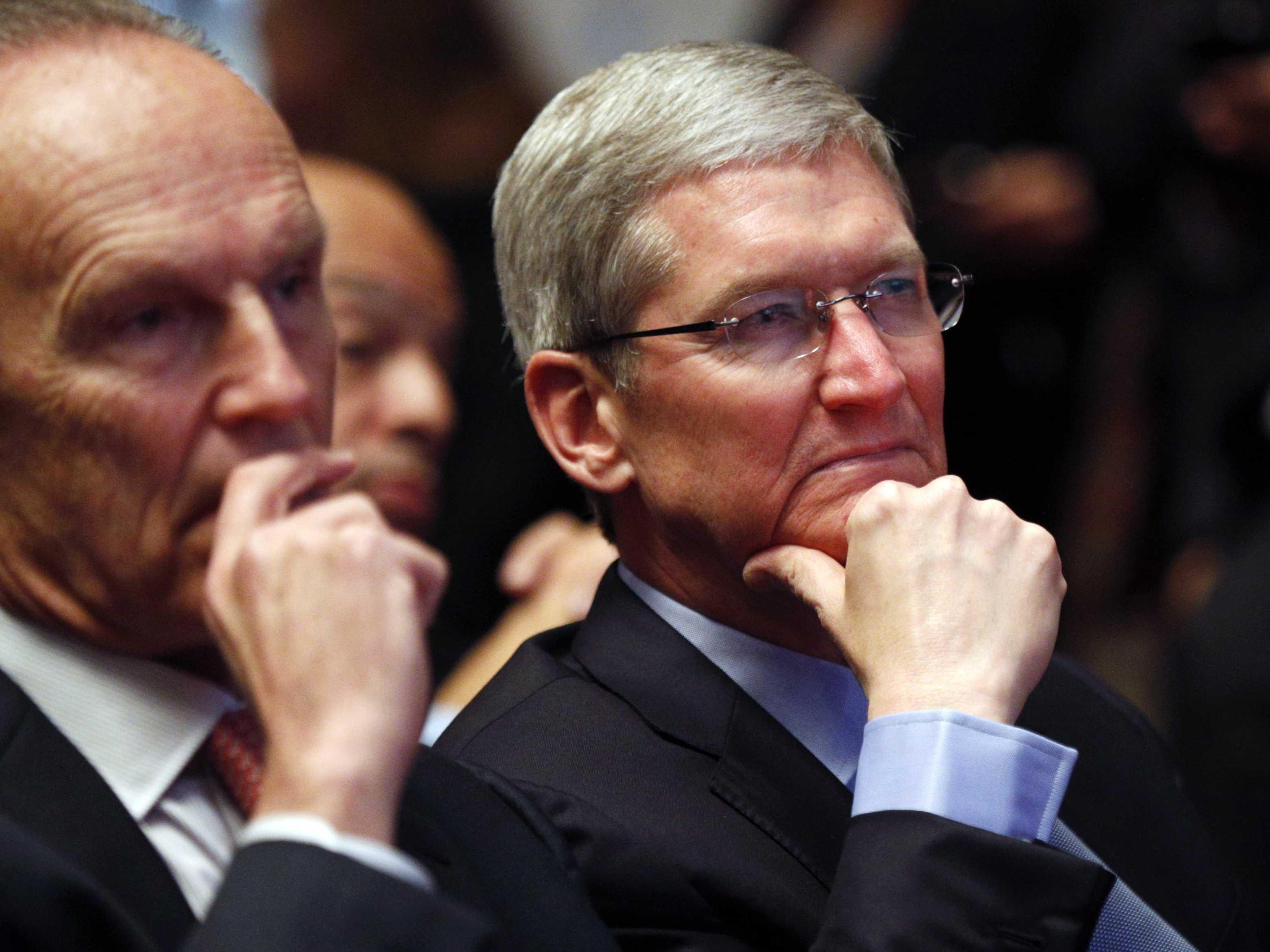 Tim Cook just sent a powerful warning to the US government