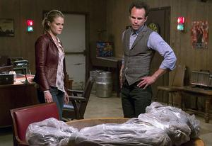 Joelle Carter, Walton Goggins | Photo Credits: Prashant Gupta/FX