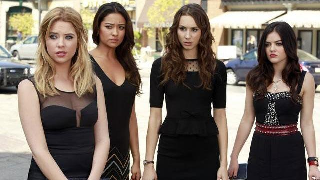 Ashley Benson Previews 'Upsetting' 'PLL' Premiere