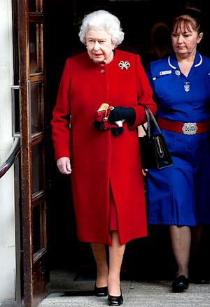 Queen Elizabeth Leaves Hospital After Stomach Ailment