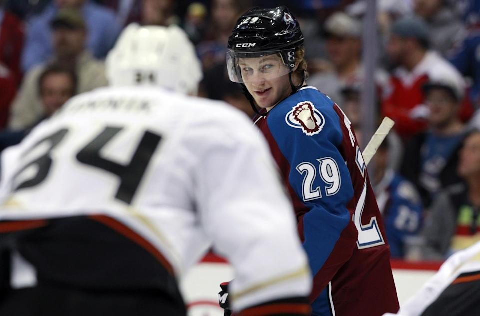 Avs beat Ducks 6-1 in Roy's coaching debut