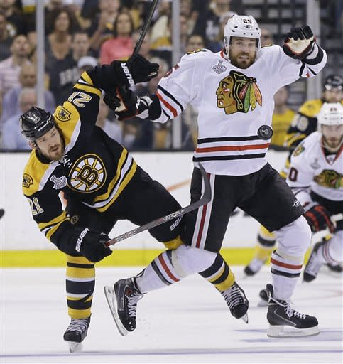 Chicago, Boston tied after 2nd period of Game 6