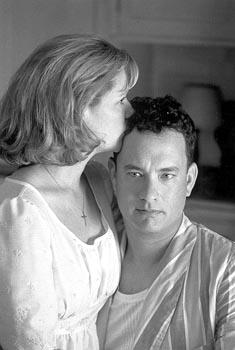 Bonnie Hunt and Tom Hanks in Castle Rock's The Green Mile