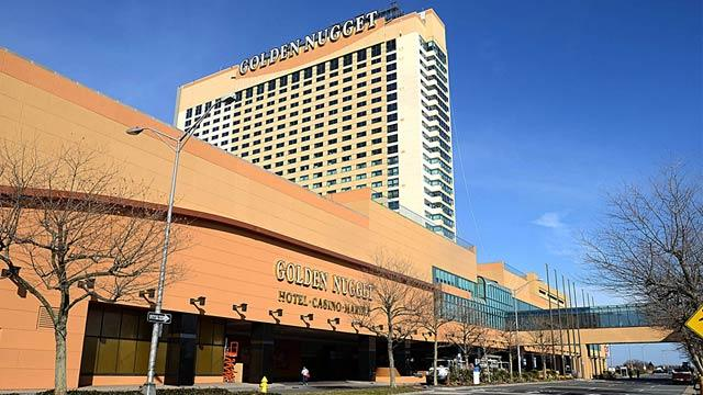 New Jersey Casino Suing Gamblers Who Won $1.5 Million, Blames Unshuffled Decks of Cards