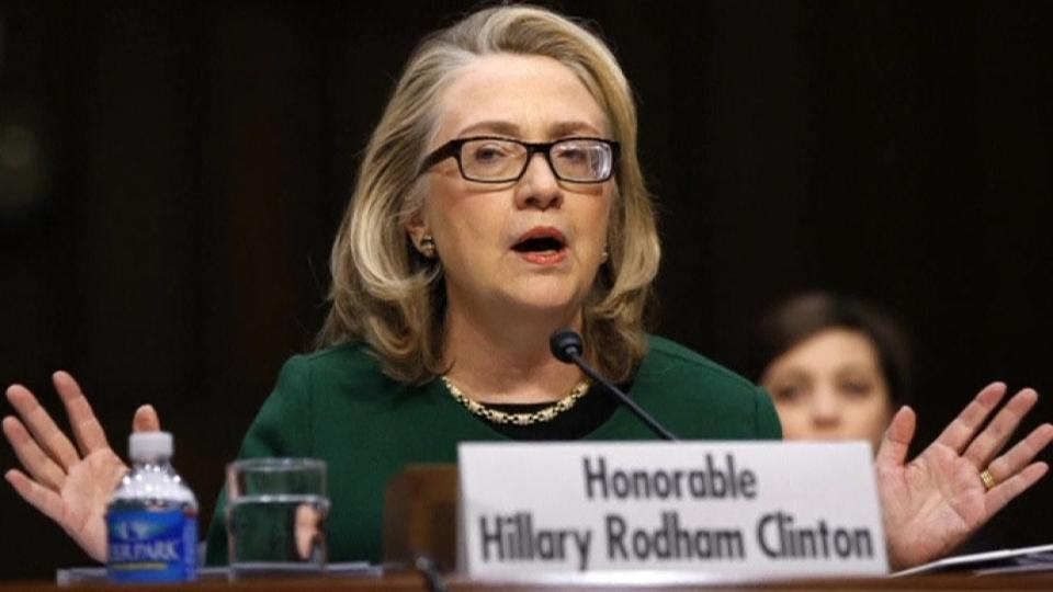 Hillary Clinton argues against additional sanctions on Iran