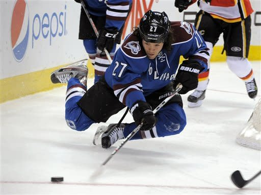Jones' OT goal lifts Avalanche past Flames 2-1