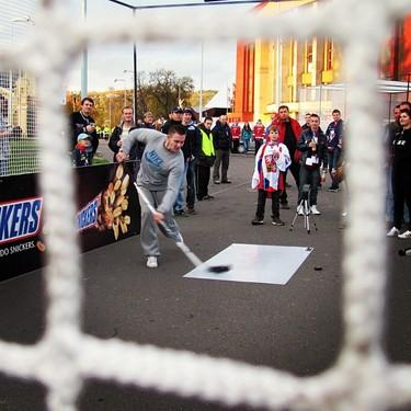 Fan takes slapshot outside Tipsport Arena in Kladno (#NickInEurope)