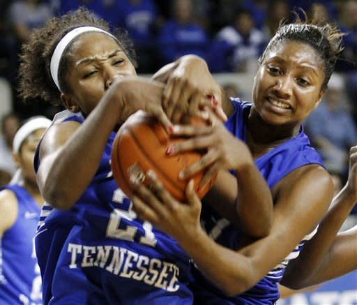Stallworth has 16, No. 7 Kentucky women beat MTSU