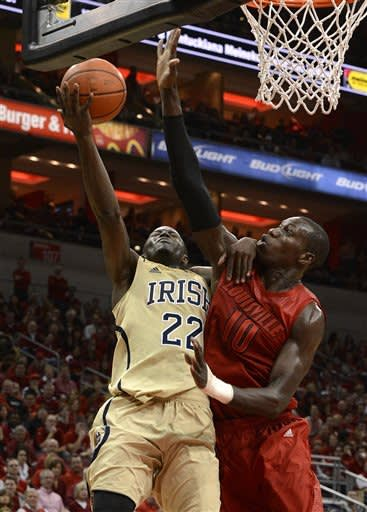 No. 8 Louisville beats No. 24 Notre Dame 73-57