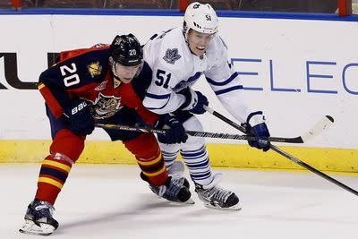 NHL schedule 2014: Maple Leafs, Canucks look to continue winning ways