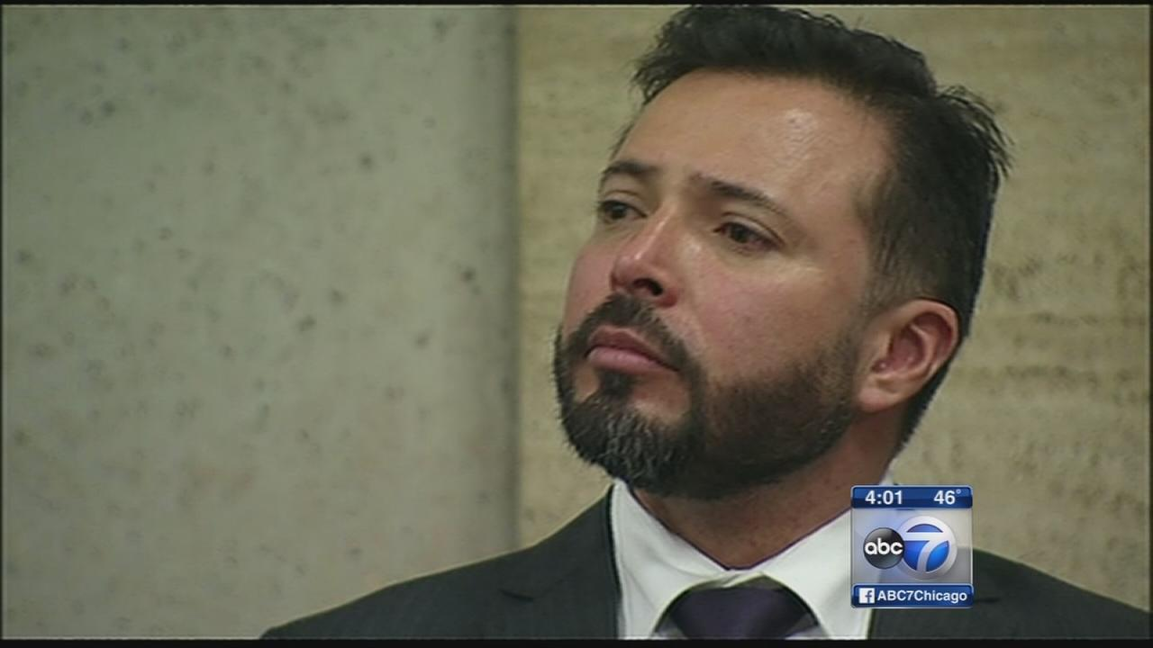 Judge dismisses case against Chicago cop Dante Servin; Courtroom explodes