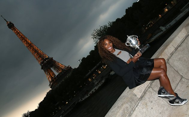 Tennis: Serena Williams è la nuova regina di Francia
