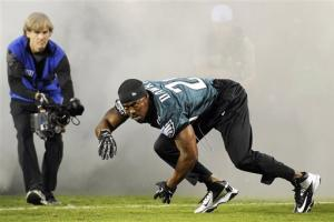 Eagles beat Giants 19-17 after Tynes misses  FG