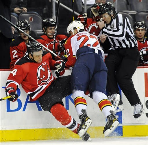 Devils upend Panthers 5-2