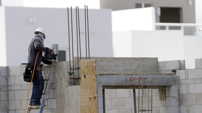 US homebuilding slows in August after hot streak