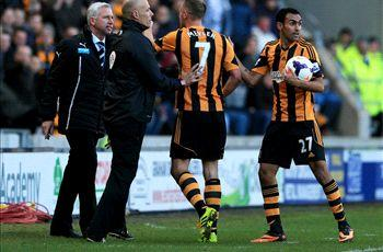 Mourinho defends Pardew over Meyler headbutt