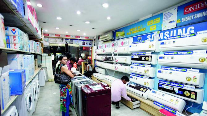 Global remittances: South Asia to receive $ 140 bn in 2015
