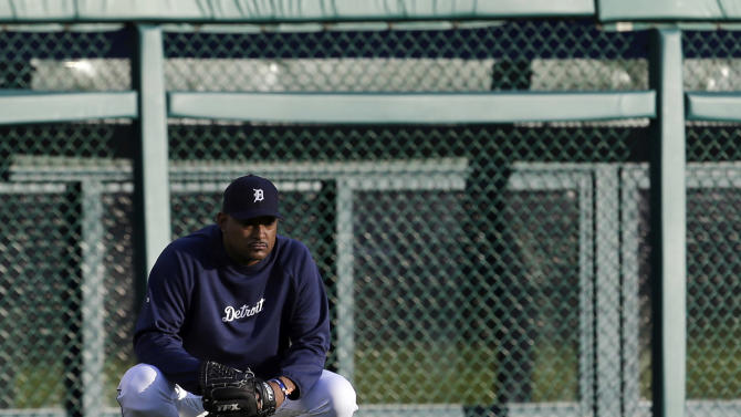 Detroit Tigers' Jose Valverde watches batting practice before Game 3 of the American League championship series against the New York Yankees Tuesday, Oct. 16, 2012, in Detroit. (AP Photo/Paul Sancya )
