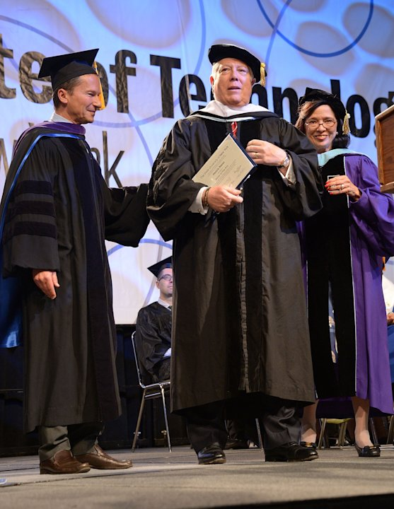 2013 Fashion Institute Of Technology Commencement