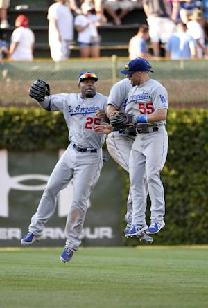 Dodgers set club mark with 13th straight road win