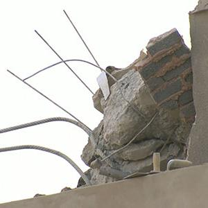 Raw: Building Collapse in South Africa, 9 Dead