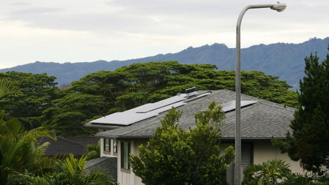 A view of houses with solar panels in the Mililani neighbourhood on the island of Oahu in Mililani, Hawaii