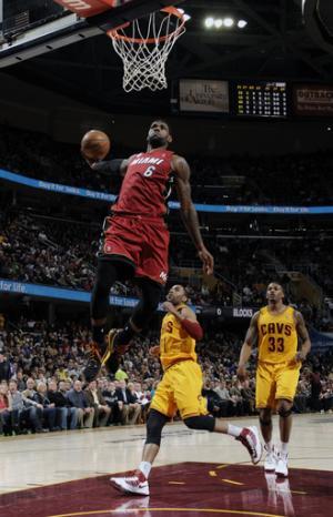 Heat run streak to 24 with huge comeback vs. Cavs