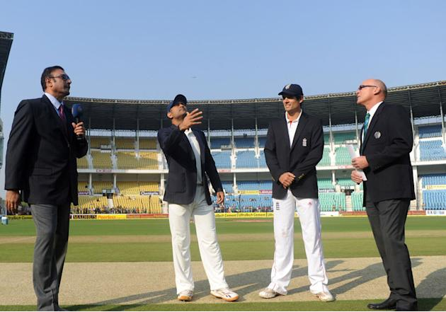 Ravi Shastri, MS Dhoni, Alastair Cook and Jeff Crowe at the toss on Day 1 of the fourth cricket Test match between India and England at the Jamtha Stadium in Nagpur, December 13, 2012. (BCCI)